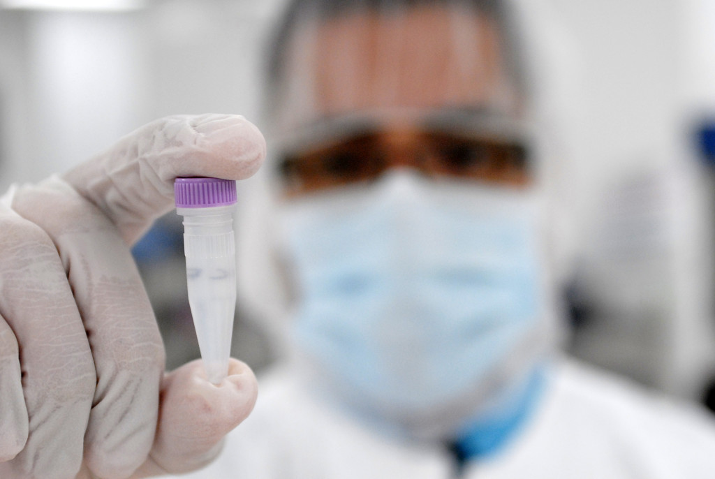 Advocates urge continued funding of adult stem-cell research