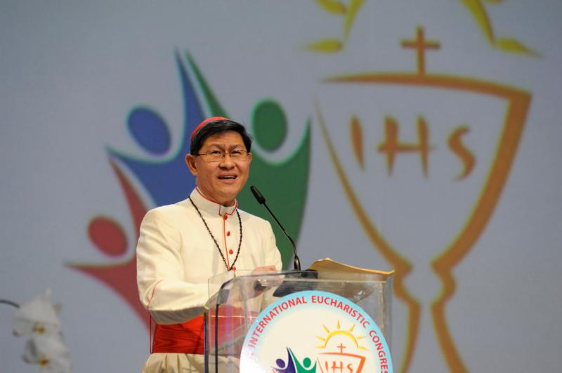 Cardinal Luis Antonio Tagle of Manila speaks at a session of the 51st International Eucharistic Congress in Cebu, Philippines, Jan. 28. (CNS photo/Katarzyna Artymiak)