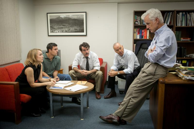"Rachel McAdams, Mark Ruffalo, Brian d'Arcy James, Michael Keaton and John Slattery star in a scene from the movie ""Spotlight,"" which chronicles the Boston Globe's uncovering of the clergy sex abuse scandal in the Archdiocese of Boston in 2002. (CNS photo/Open Road Films)"