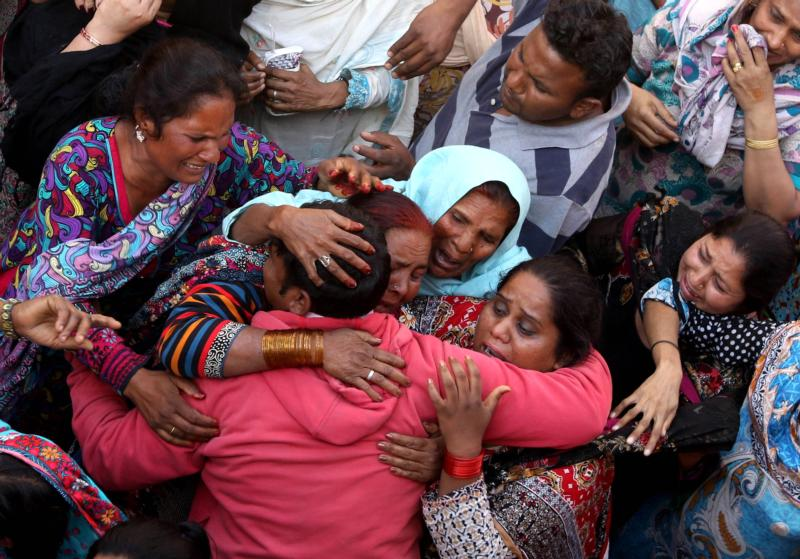 Relatives cry during the March 28 funeral of victims of the Easter bomb  attack at a park in Lahore, Pakistan. Pope Francis appealed to the government of Pakistan to take steps to ensure the safety of the country's Christians and other minorities. (CNS photo/Rahat Dar, EPA)